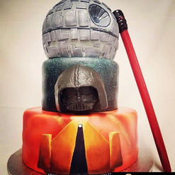 """The force is strong with this one."" #Repost @zaza.mylova ・・・ I really thought that something was missing at the bottom layer. I rolled up my sleeves and added that magical touch: on Korriban, The Siths Academy #starwars #weddingcake #sithacademy #korriban #passionithq #lasttouchup #magicaltouch #cakedesign #cakepainting #cakedecorating #cake #pastry #patisserie #bakery #culinaryschool"